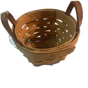 "Longaberger 5"" round basket 1997 strap dated"